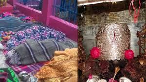 संतान दात्री मंदिर, इस मंदिर को संतानदात्री के नाम से जाना जाता है, Fars par sone se mahiaye ho jati hai Garbhvati, मंदिर के फर्श पर सोने से निसंतान हो जाती है गर्भवती, सिमसा माता मंदिर जहां विज्ञान भी है हैरान, हिमाचल के मंदिर की खासयित, संतान दात्री चमत्कारी माता का मंदिर, मन्दिर में सोने के बाद सपने में माता देती है गर्भवती होने का आशीर्वाद.