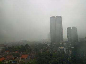 Jakarta Hari Ini Bakal Diguyur Hujan Disertai Angin Kencang