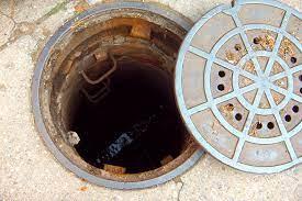 Senhor que estava desaparecido é encontrado de ponta-cabeça dentro de um bueiro em Colombo