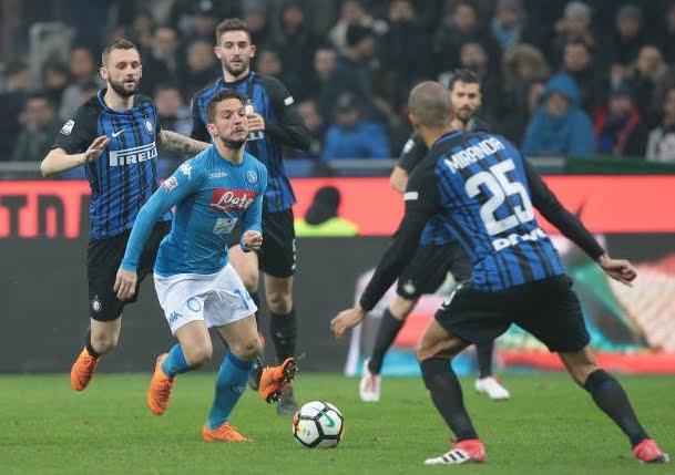 L'Inter blocca il Napoli al Meazza e la Juventus è prima in classifica, le vignette divertenti