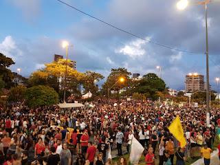 Ato contra cortes nas Universidades reúne cerca de 20 mil pessoas em João Pessoa, segundo organizadores