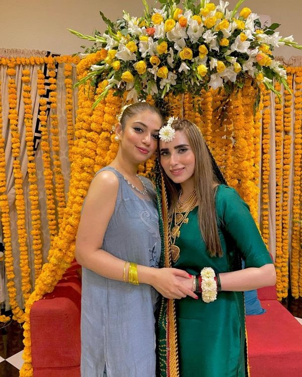 Faisal Qureshi daughter Hanish Qureshi