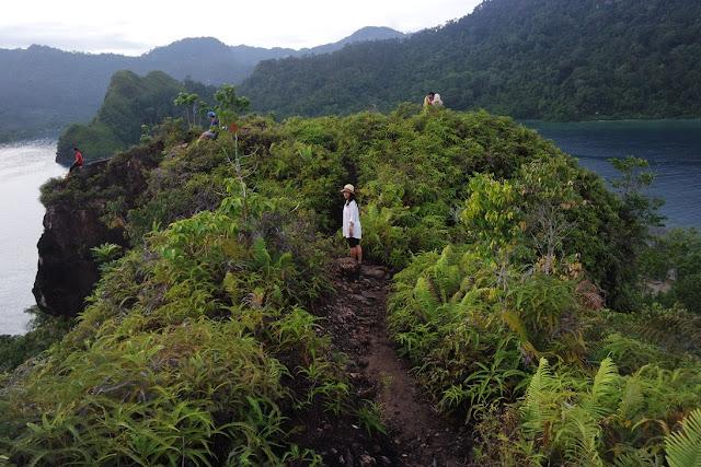 view dari puncak pulau pasumpahan