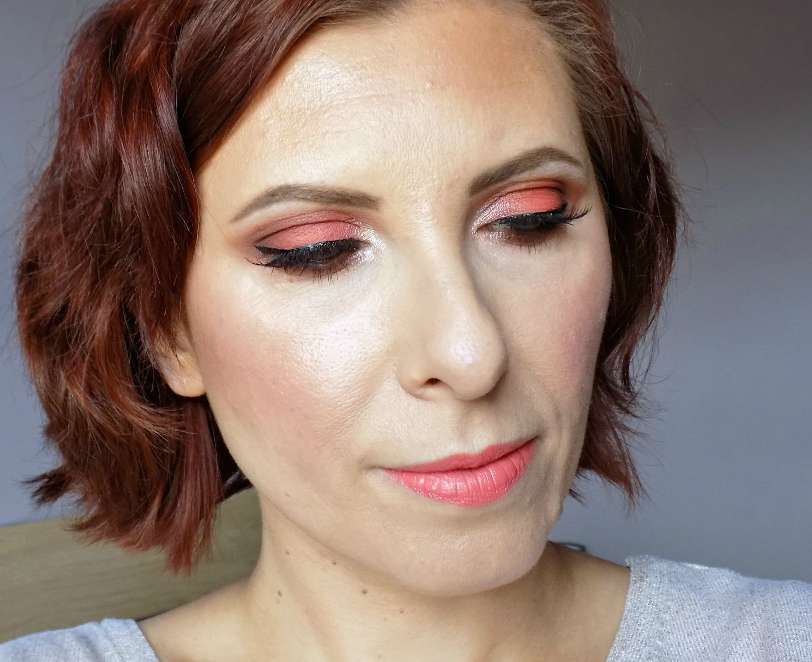 peach-y coral eyes and lips makeup look, feat. Morphe Brushes 35O palette