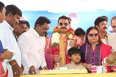 actor-Naresh-birthday-celebrations-34