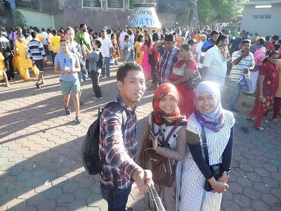 Backpacker ke Malaysia: Acara Thaipusam di Batu Caves