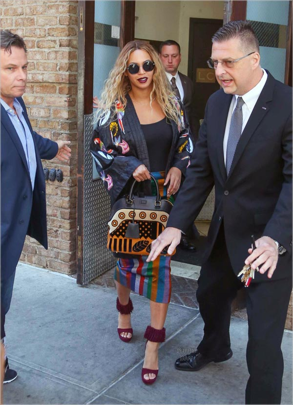 Beyonce and JayZ spotted in New York amidst heavy security