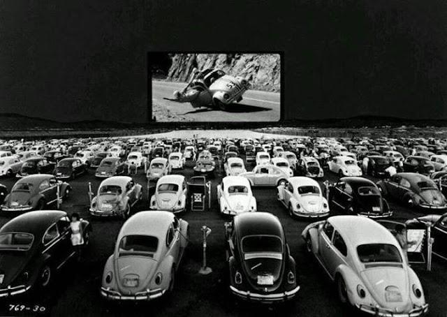 Cinema a Céu Aberto para Carros