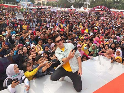 Erdin Werdrayana Wijaya dan Fans