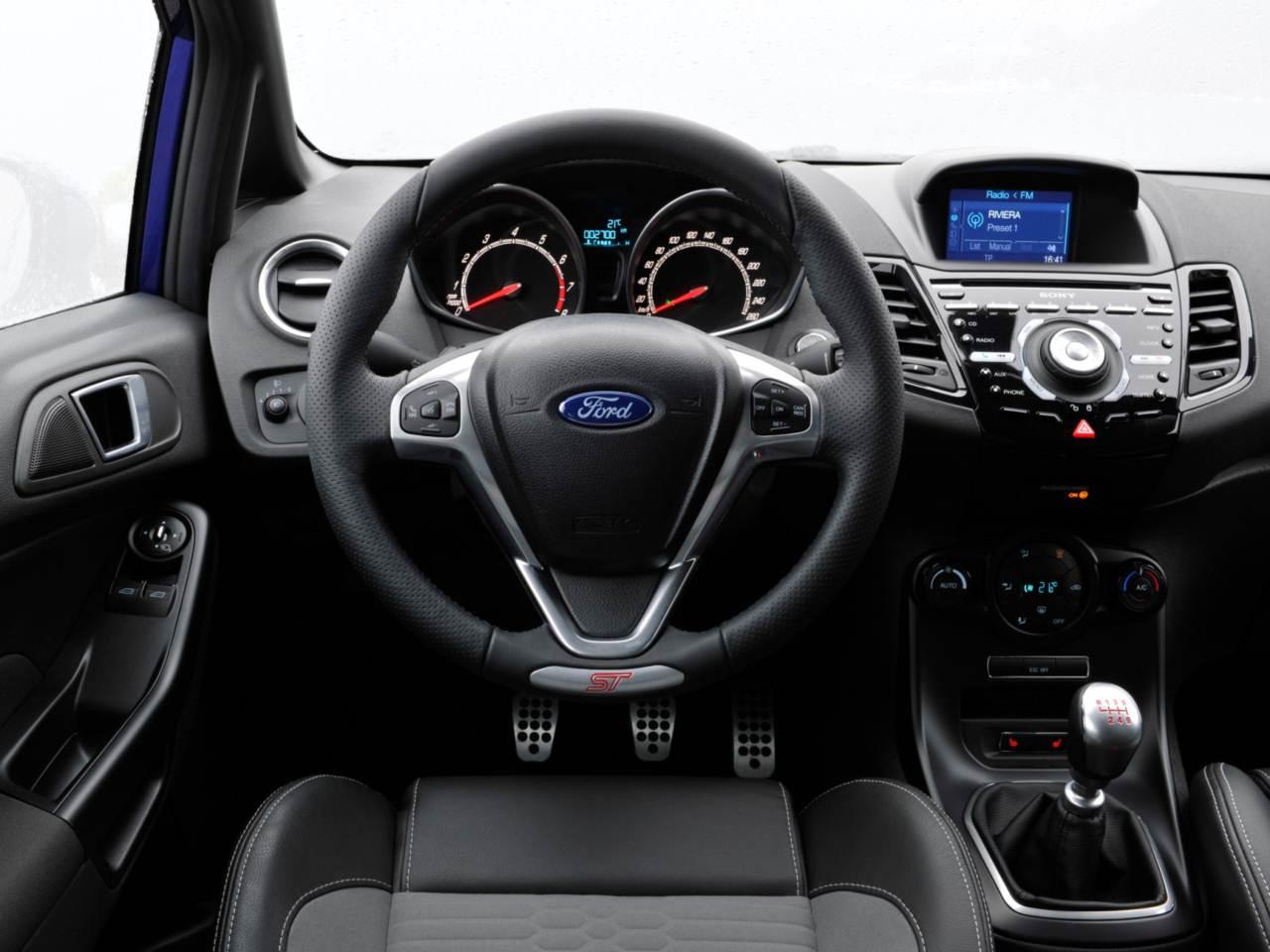 Ford Fiesta 2017 - carro mais vendido na Europa em março/2017