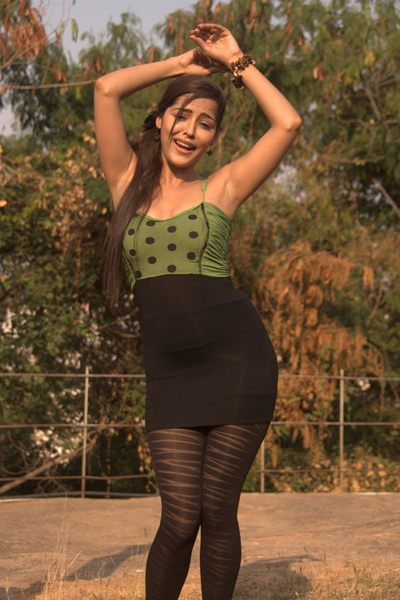 Priyanka Chabra in Tight Dress