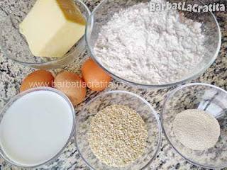 ingredientele retetei cornuri cu cascaval si susan