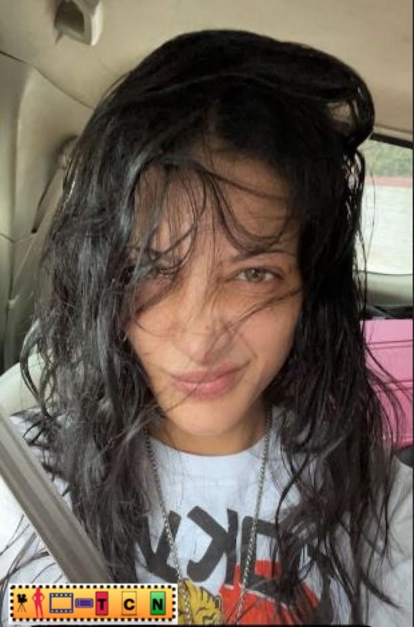 துளி கூட மேக்கப் இல்லாமல் நடிகை ஸ்ருதிஹாசன் வெளியிட்ட புகைப்படம்