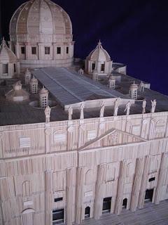 Vaticano con palillos de dientes.
