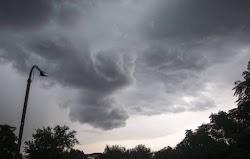 Την Τετάρτη αναμένονται τοπικές νεφώσεις που κατά περιόδους θα είναι πυκνές. Βροχές και σποραδικές θα καταιγίδες θα σημειωθούν κυρίως στα η...