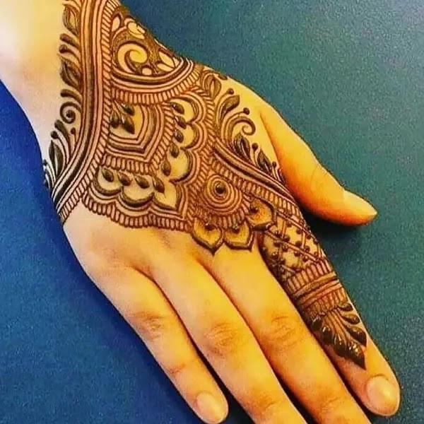 Beautifull_mehndi_design_for_pakistaani