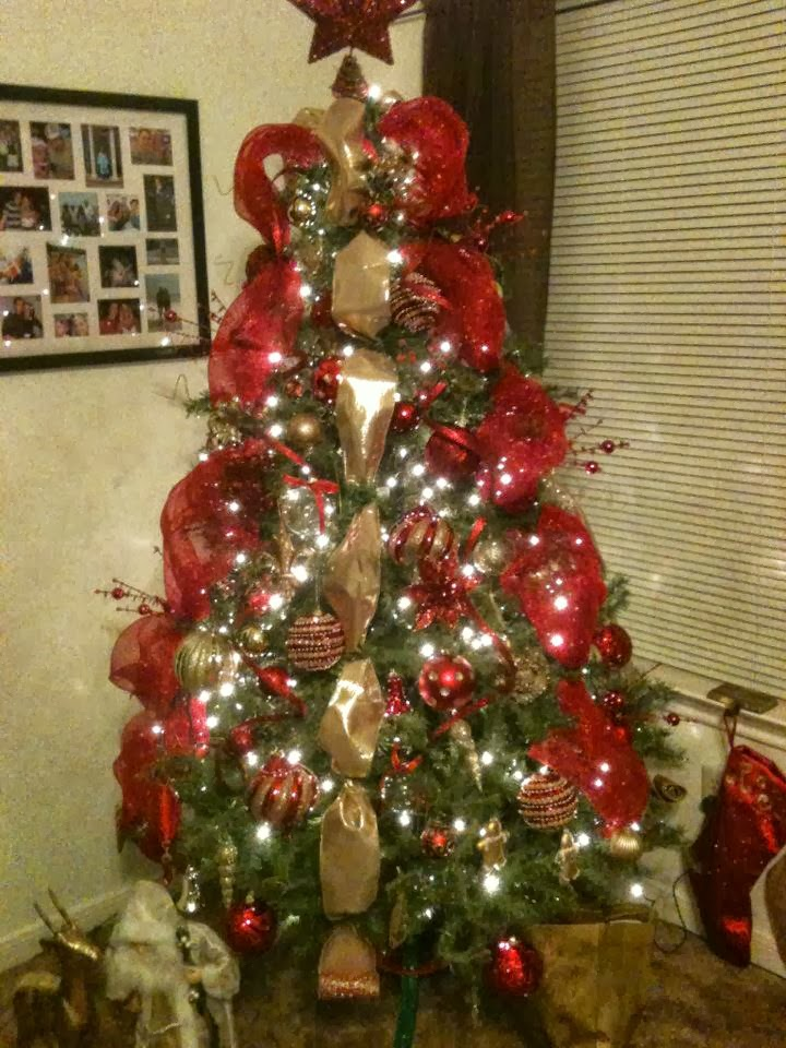 Life in the Barbie Dream House: The Crazy Christmas Tree Lady