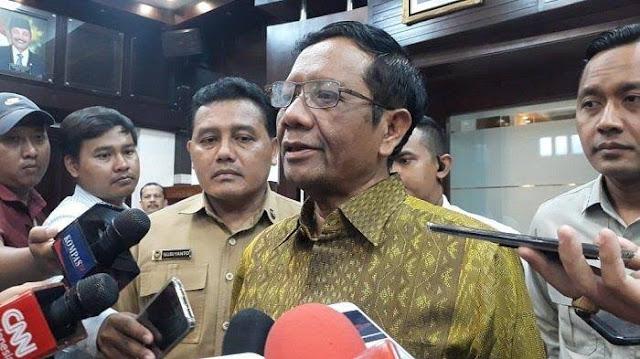 Beda Omongan di Media dan Depan Jokowi, Mahfud: Saya Sekarang Menteri