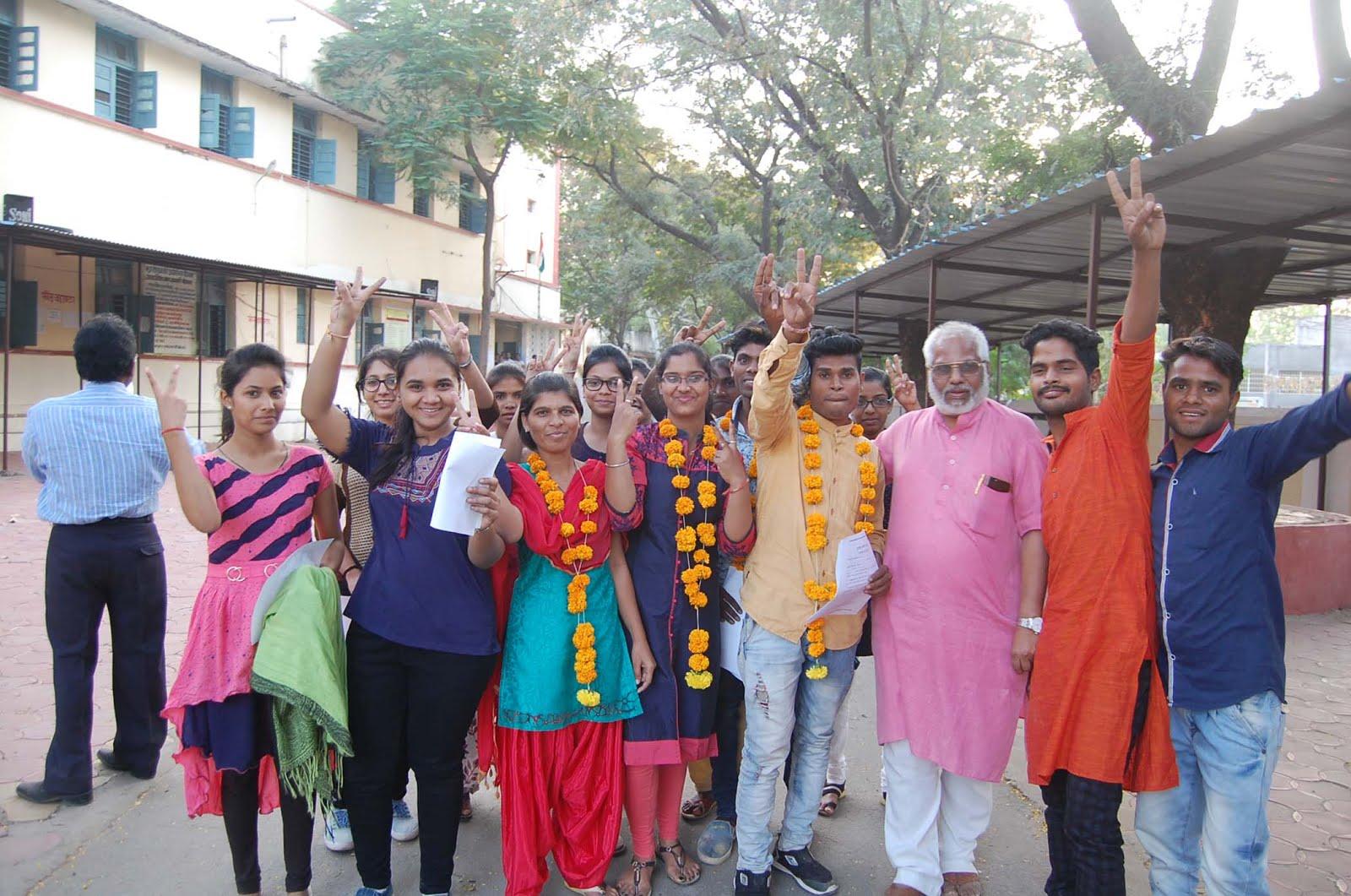झाबुआ पीजी काॅलेज में विद्यार्थी परिषद की ऐतिहासिक जीत-Vidyarthi-Parishad-win-elections-in-Jhabua-district-college