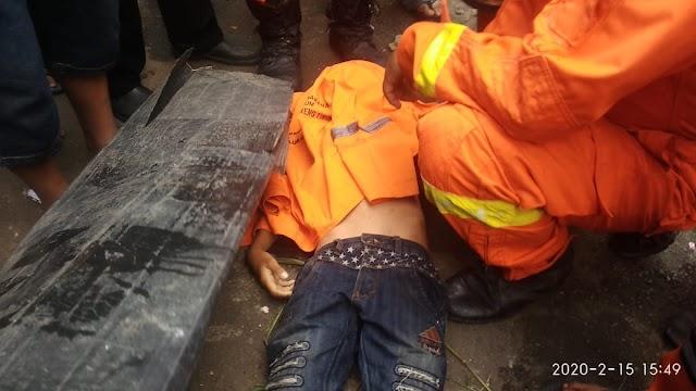 Remaja Ini Ditemukan Tewas Tenggelam di Rawa Kolong Tol Ring Road