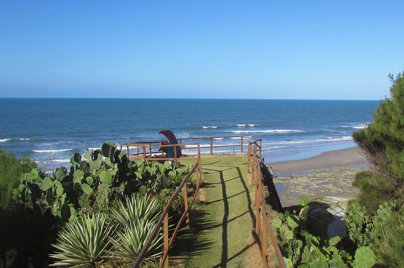Praia das Fontes: como chegar, pousadas, dicas do passeio de Fortaleza