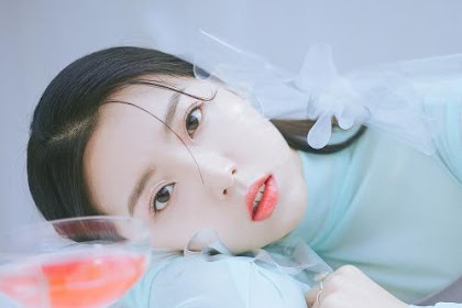 Stella Jang - How Could A Person Always Be Lovely Lyrics