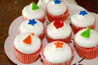 cupcakes, pastries