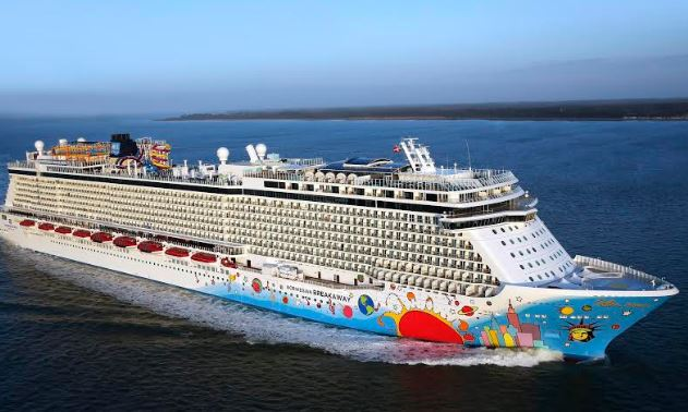 NORWEGIAN CRUISE LINE ENHANCES AWARD-WINNING ENTERTAINMENT PROGRAM WITH SIX: THE MUSICAL