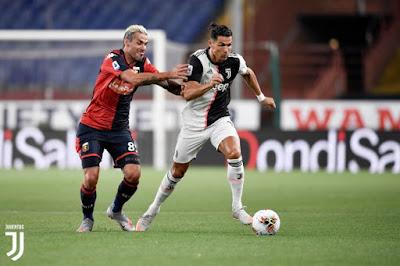 """Video Genoa 1-3 Juventus: Ronaldo tuyệt đỉnh, mãn nhãn """"mưa"""" siêu phẩm"""