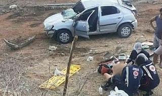 Motorista perde controle do carro perto do açude de Boqueirão