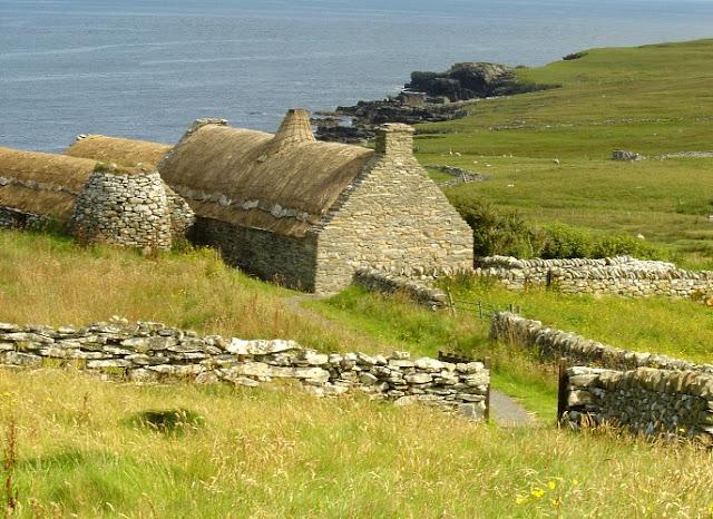 http://www.shetlandheritageassociation.com/assets/images/members/crofthouse-museum-1.jpg