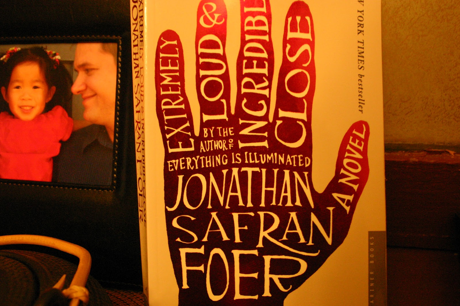 Wearing Heavy Boots -Trauma in Jonathan Safran Foers Extremely Loud and Incredibly Close