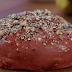 Ένα ιδιαίτερο ψωμί με παντζάρια και ξηρούς καρπούς (video)