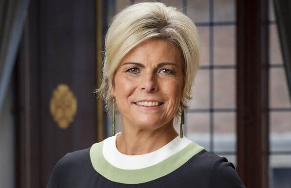 Princess Laurentien wore a new vertical striped long sleeve knit dress from Missoni. Queen Maxima