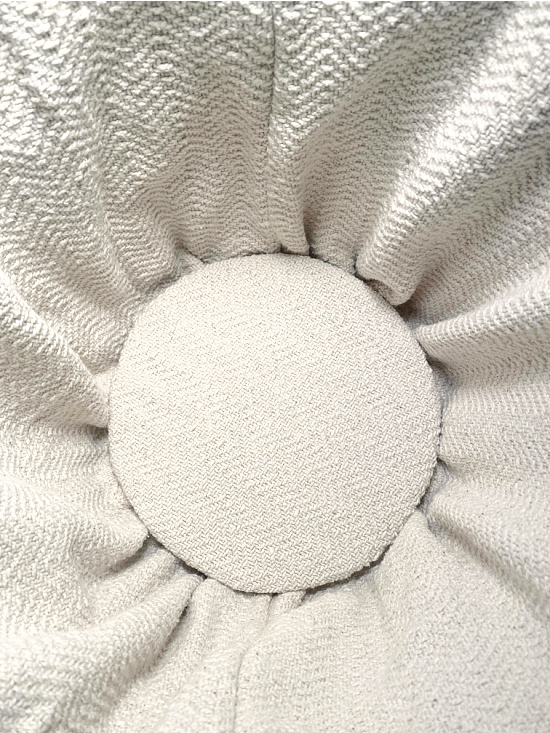 fabric lined circle in base of basket