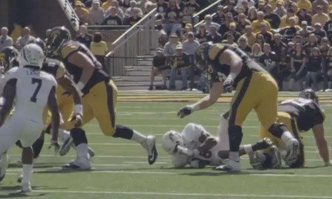 NFL guard  Brandon Scherff in NFL game