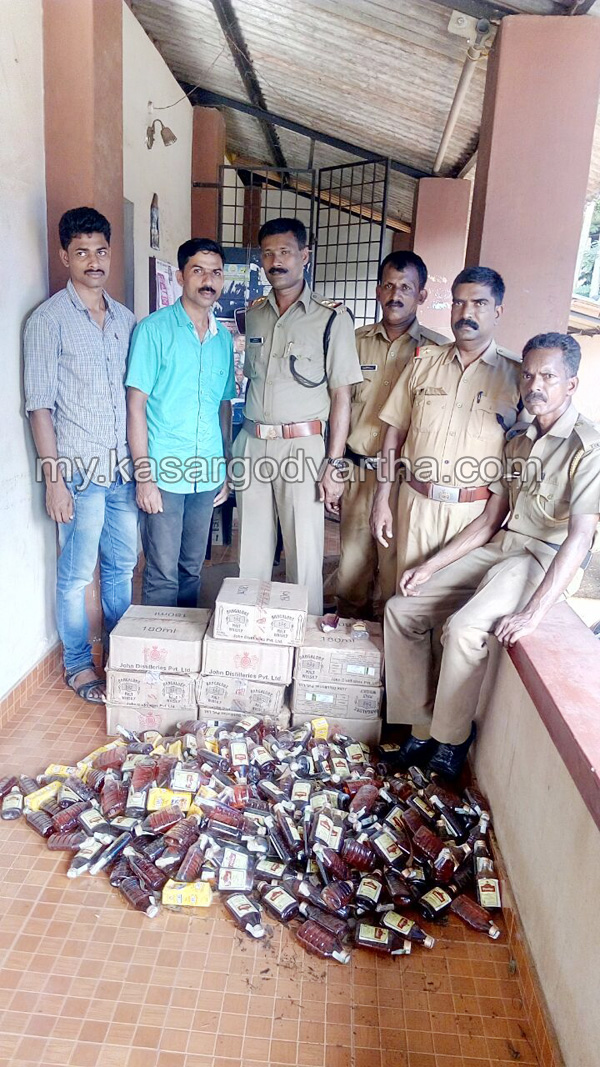 Kerala, News, Liquor, Seized, Excise, Investigation, 772 Bottle liquor seized.