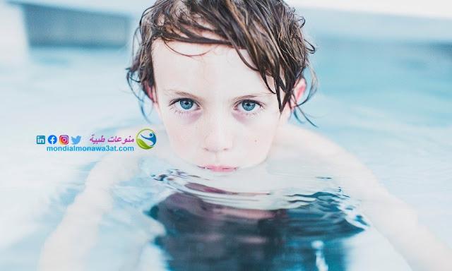 اغذية تجعل عيون الجنين ملونة،ماهي الاكلات التي تجعل الجنين عيونه ملونة، كيفية انجاب طفل بعيون زرقاء، إنجاب طفل عيونه ملونه