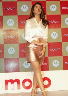 Parineeti Chopra Stills in Golden Mini Skirt at Motorola Moto M Launch  0016.jpg