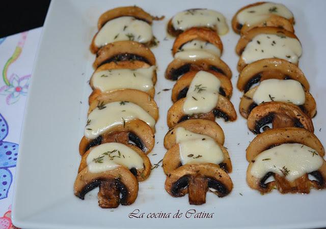 https://catinabarbero.blogspot.com/2019/06/laminas-de-champinones-con-mozzarella.html