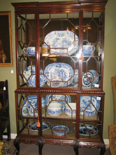 How To Arrange Porcelain