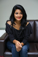 Deepthi Shetty looks super cute in off shoulder top and jeans ~  Exclusive 26.JPG