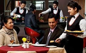 hotel management job kya hay