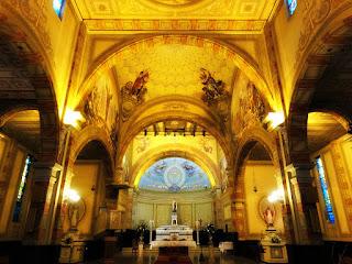 Evangelistas e Altar da Igreja Santa Teresinha do Menino Jesus, Porto Alegre