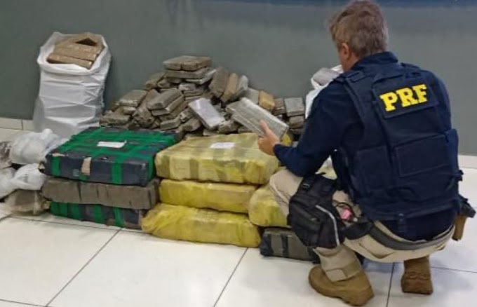 PRF e Exército apreendem 356 quilos de maconha e 17 quilos de skank em Laranjeiras do Sul