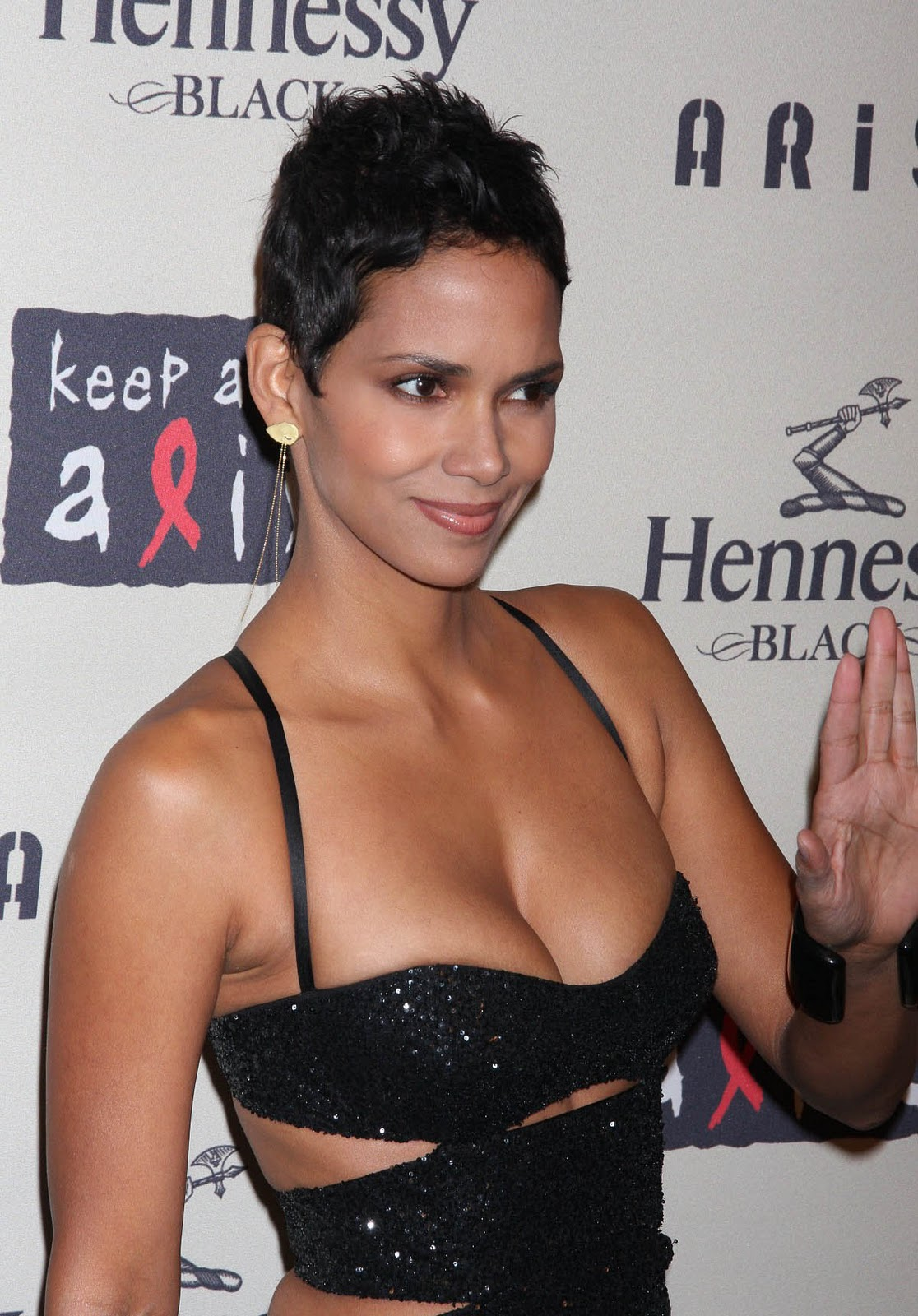 Halle berry the flintstones - 1 part 9