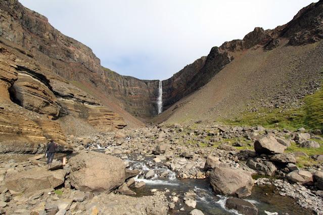 Cascata Hengifoss-Islanda