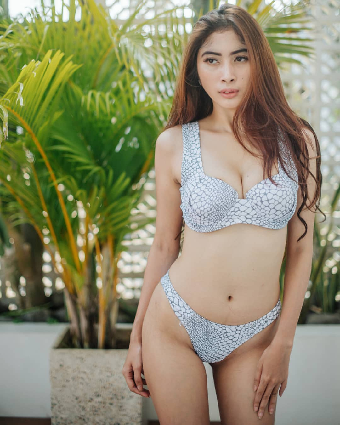 Photos nude girls indonesia