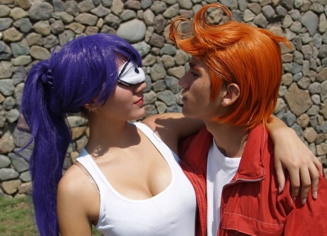 fry and leela cosplay futurama