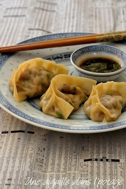 dumplings-pork-shrimp-coriander-chinese-steamed